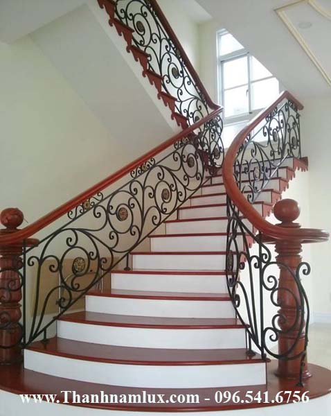 Mẫu cầu thang sắt mỹ thuật đẹp SMt10