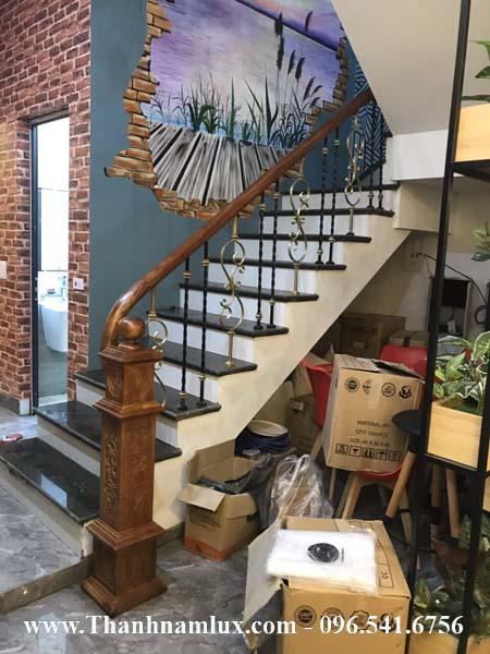 Mẫu cầu thang sắt mỹ thuật đẹp đơn giản
