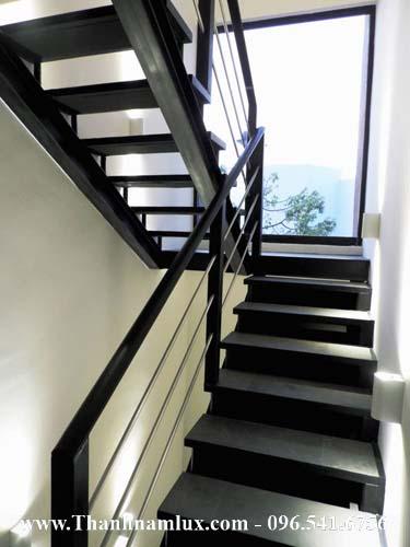 mẫu cầu thang sắt thép bản