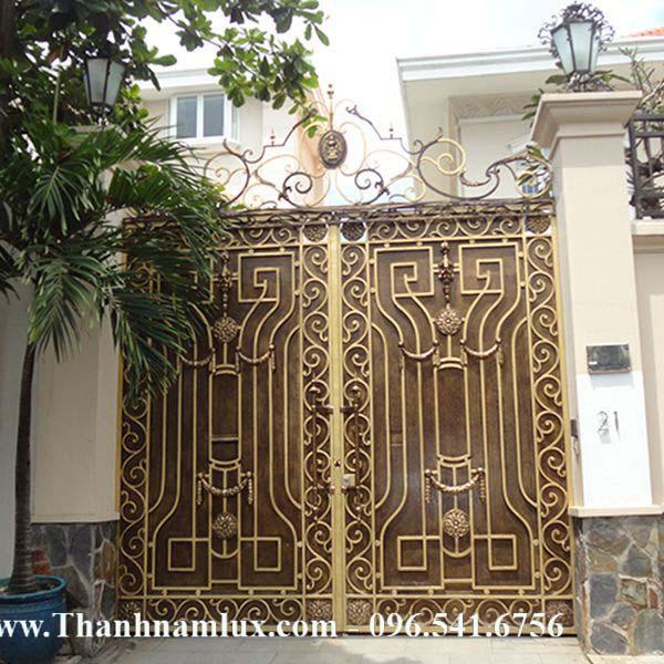 Mẫu cổng sắt nghệ thuật đẹp cao cấp