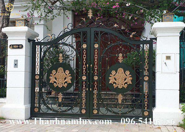 mẫu cổng sắt mỹ thuật đẹp nhất