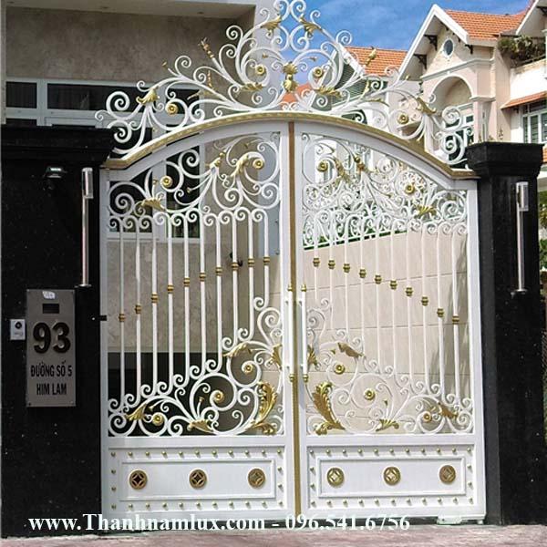 Mẫu cổng sắt nghệ thuật đẹp