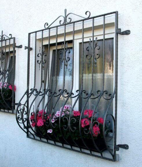 Khung hoa săt cửa sổ ấn tượng đẹp mắt