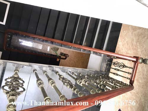 Mẫu cầu thang nhôm đúc nhập khẩu dành cho nhà ống