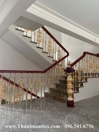 mẫu cầu thang nhôm đúc đẹp nhất