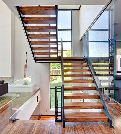 20+ Mẫu cầu thang sắt ốp gỗ đẹp nhất hiện nay