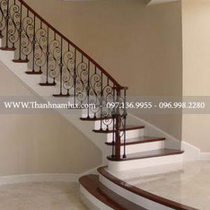 Cầu thang sắt đẹp tại thái nguyên