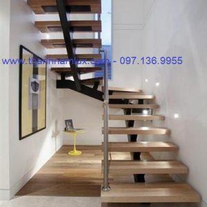 Cầu thang sắt xương cá đẹp cho nhà hẹp