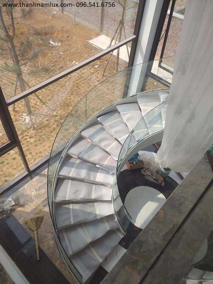 Mẫu cầu thang xoắn ốc tại Hà Nam