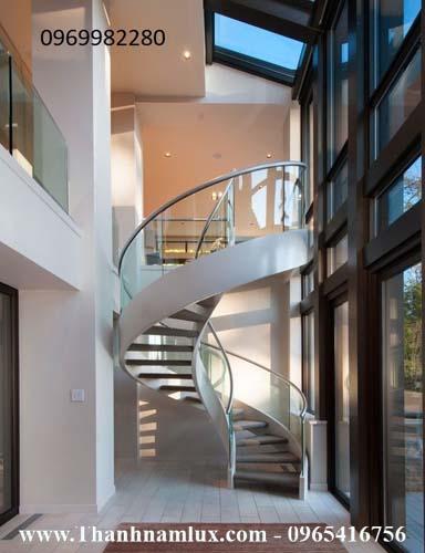 mẫu cầu thang xoắn ốc đẹp tại quảng ninh